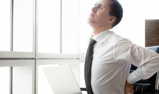 Bankalarda Çalışanların Bel ve Boyun Ağrılarına 7 Pratik Çözüm!