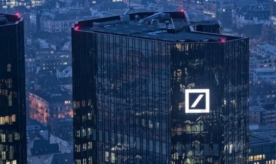 Deutsche Bank Teknolojisini Üçüncü Taraflarla Paylaşacak