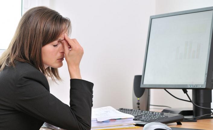 Ofis Çalışanlarının Bilgisayar Bakma Sendromu Hakkında Her Şey!