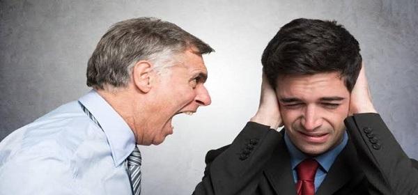 İş Yerinde Mobbing Nedir? Nasıl Başa Çıkılır?