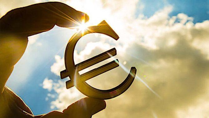 euro-bolgesinde-sirket-kredileri-artis-kaydetti