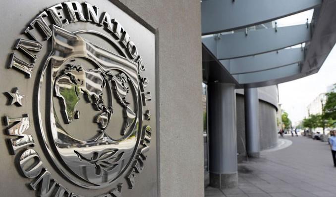 Photo of IMF: ABD Ek Gümrük Vergilerinin Maliyetini Üstleniyor!