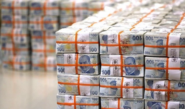 tcmb-acikladi-ozel-sektorun-uzun-vadeli-kredi-borcu-210-2-milyar-dolar