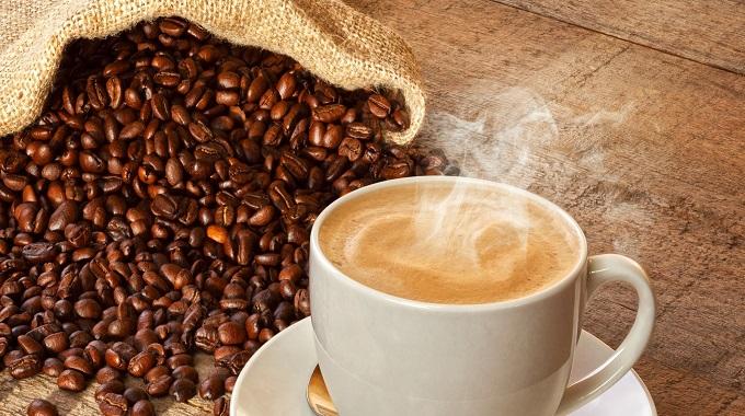 Çalışırken Tüketilen Aşırı Kahve Kaygıyı Artırıyor
