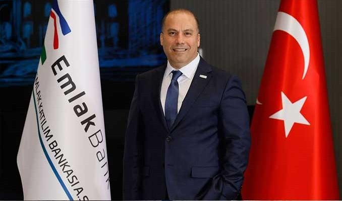 Photo of Emlak Bank Genel Müdürü: Yıl Sonu Hedefimiz 8 Milyar TL!