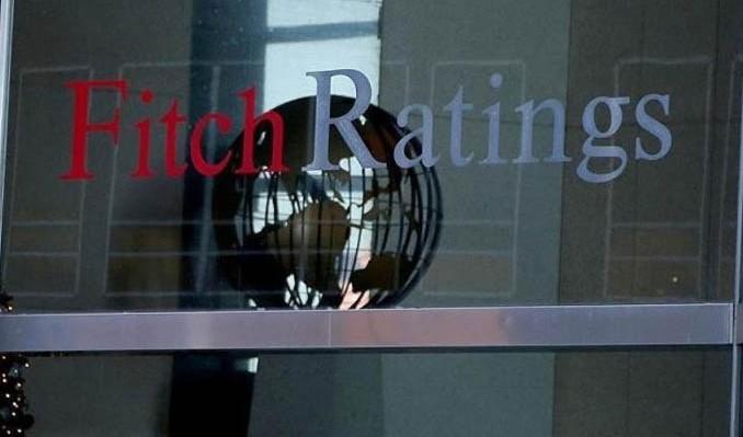 fitch-ratings-turk-lirasi-bankalarin-varliklarina-baski-uyguluyor