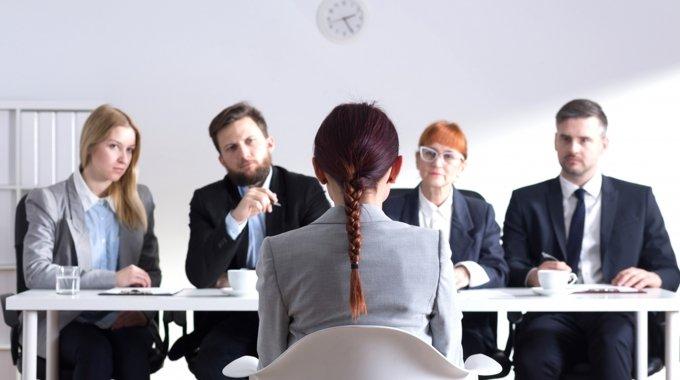İş Görüşmesi Mülakatında Adayların Sorması Gereken 8 Önemli Soru!