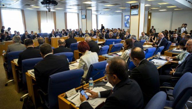 yasa-teklifi-kabul-edildi-iste-bankacilik-sektorunu-ilgilendiren-maddeler