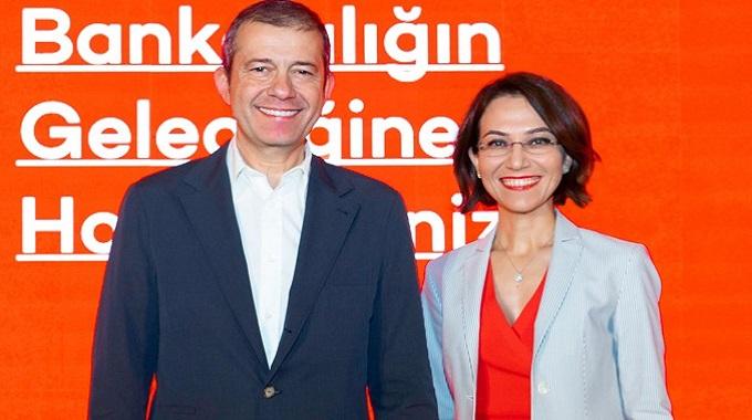Photo of Akbank Teknolojik Çalışmalarıyla  Yeni Nesil Bankacılık Sektörüne Göz Kırpıyor