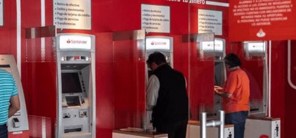 Santander ATM'sini Dolandıranlar Aranıyor